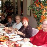 Lyndhurst Organizes Senior Luncheon