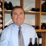 River Palm In Edgewater Organizes Wine Tasting Event