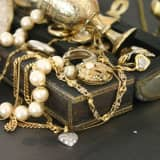 Leonia Library Organizes Lecture On Jewelry