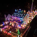 Christmas Light Show Is Making Spirits Bright For The Holidays In Fairfield