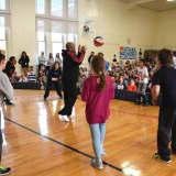 Harlem Wizards To Challenge Rye Neck Teachers During Basketball Fundraiser