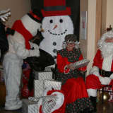 Santa, Mrs. Claus Visit Sunshine Children's Home