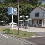Suspect At Large After Long Island Gas Station Attendant Robbed At Gunpoint