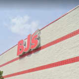BJ's Wholesale Could Replace Vacant Sears Store In Willowbrook Mall