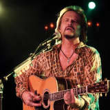 Country Star Travis Tritt Gets Intimate At Ridgefield Playhouse
