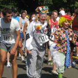 36th Annual Darien Road Race Steps Off Sunday At Pear Tree Point
