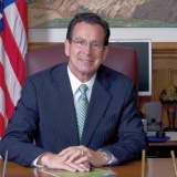 Malloy: Upgrading Metro-North Would Boost Economy