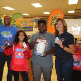 Former NFL Star Amani Toomer Breaks Bread With Peekskill Students