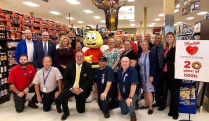 Help Bag Hunger Event Held At ShopRite In Carmel