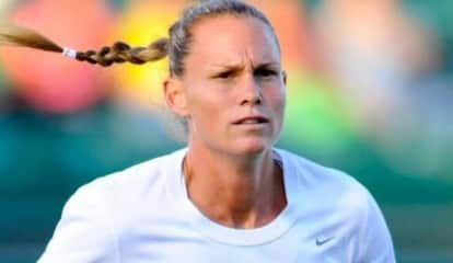 Ultimate Soccer Mom: Olympic Gold Medalist Visits Ramsey ShopRite