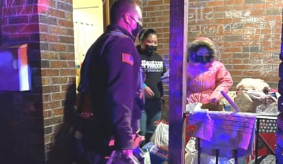 Special Santa Visit: Garfield Firefighters Surprise Single Mom, 3 Kids Burned Out Of Home