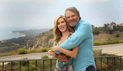 Music Legend Glen Campbell's Wife Advocates For Alzheimers In Hawthorne