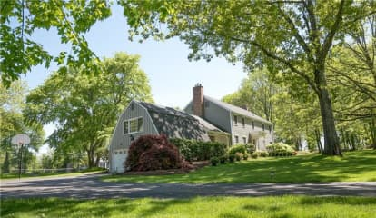 28 Grand Place, Newtown, CT 06470