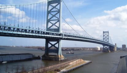 Overturned Onions Clog Traffic On Philly-Bound Ben Franklin Bridge