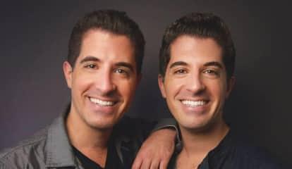 Twin Netflix Comedians Come To Paramus