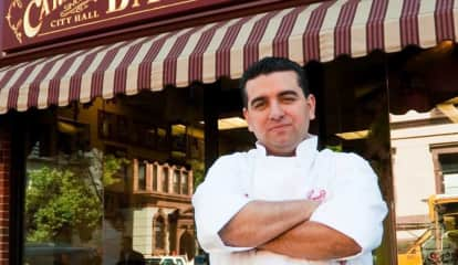 Is Carlo's Bakery Crumbling? Not In North Jersey