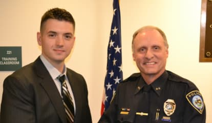 Darien Police Welcome New Officer