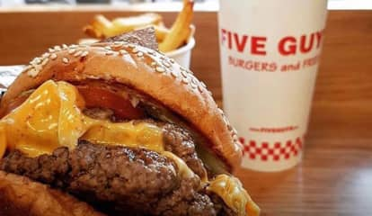 Five Guys Now Open At Garden State Plaza