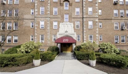 270 Bronxville Road Unit: B-83, Bronxville, NY 10708