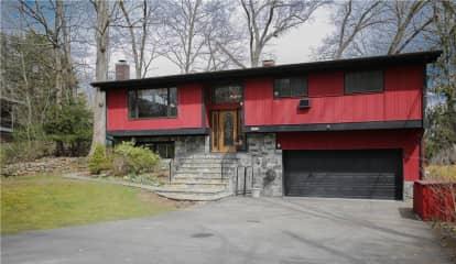 105 Stanwood Road, Mount Kisco, NY 10549
