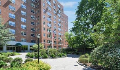 900 Palmer Road Unit: 6J, Bronxville, NY 10708