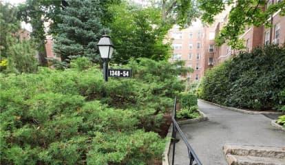 1350 Midland Avenue Unit: 1O, Bronxville, NY 10708