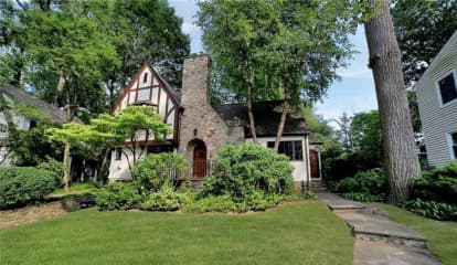 35 Parkway East, Mount Vernon, NY 10552