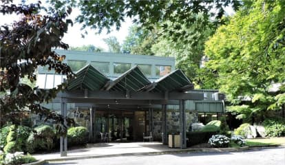 2 Fountain Lane Unit: 3L, Scarsdale, NY 10583