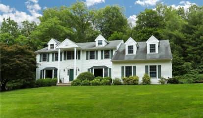 300 Spring Pond Road, Mount Kisco, NY 10549