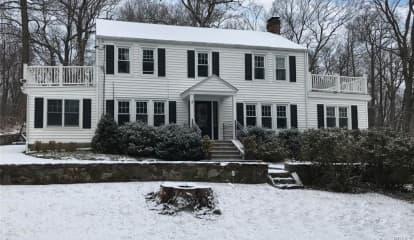 50 Shingle House Road, Millwood, NY 10546