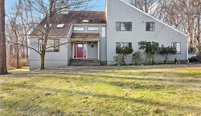 18 Quaker Hill Drive, Croton-on-Hudson, NY 10520