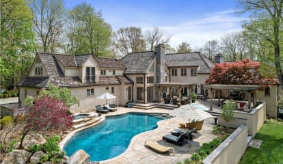 14 Barry Court, Katonah, NY 10536
