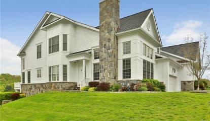 18 Shadow Tree Lane, Briarcliff Manor, NY 10510