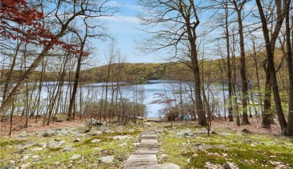 30 China Court, Carmel, NY 10512