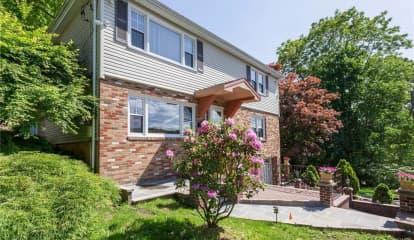27 Bonaventure Avenue, Ardsley, NY 10502