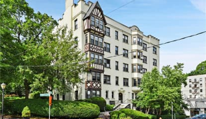 56 West Pondfield Road Unit: 4-C, Bronxville, NY 10708