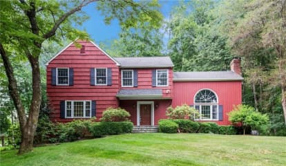8 Longview Road, South Salem, NY 10590