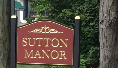 306 Sutton Drive, Mount Kisco, NY 10549