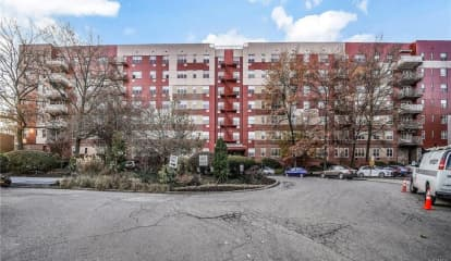 7 Balint Drive Unit: 715, Yonkers, NY 10710