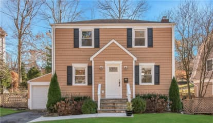 33 Garretson Road, White Plains, NY 10604