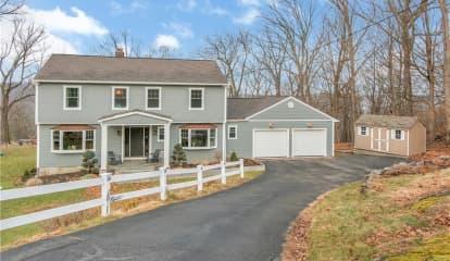 25 Westerly Lane, Thornwood, NY 10594