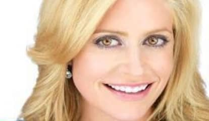 Fox News Host Apologizes To Country Club In Westchester Over Seating 'Misunderstanding'