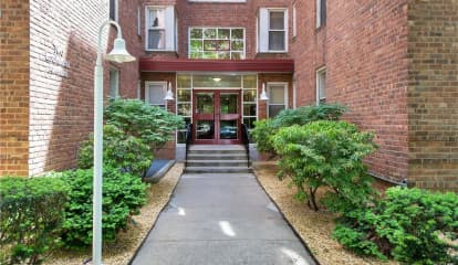 2 Louisiana Avenue Unit: 2C, Bronxville, NY 10708