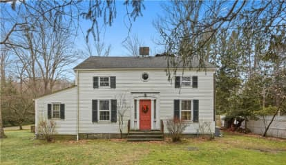 472 Old Post Road, Bedford, NY 10506