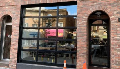 Bareburger Opens In Morristown