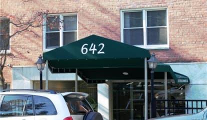 642 Locust Street Unit: 2C, Mount Vernon, NY 10552
