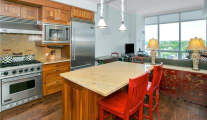 5 Renaissance Square Unit: 18C, White Plains, NY 10601