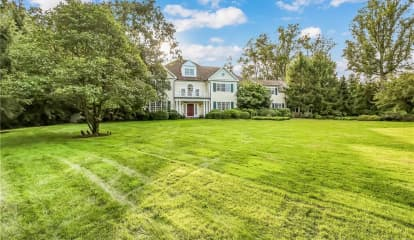 23 Sterling Road S, North Castle, NY 10504