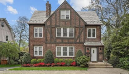 376 Hayward Avenue, Mount Vernon, NY 10552