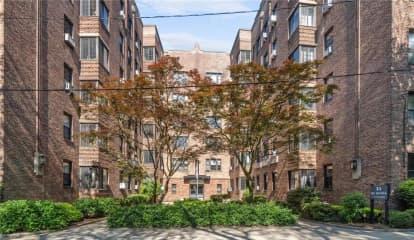 35 Parkview Avenue Unit: 5J, Bronxville, NY 10708